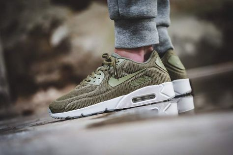 Nike - Air Max 90 Ultra 2.0 BR (olive) - 898010-200 (avec images)