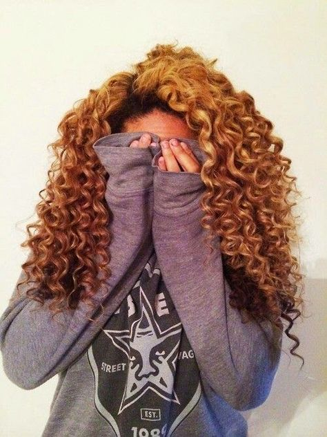 Top 5 Best Short Curly Hairstyles