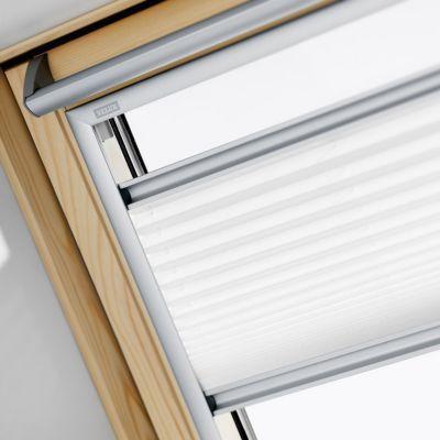 Store Plisse Fenetre De Toit Velux Fhl Mk04 78 X 98 Cm En 2020 Fenetre De Toit Velux Fenetre De Toit Et Store Plisse
