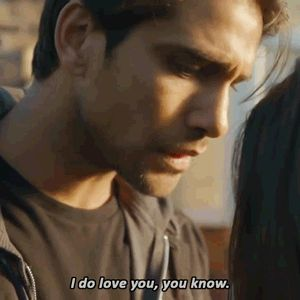 Luke Pasqualino Our Girl gif hunt All these gifs are from of Our Girl where Luke Pasqualino played special forces officer Elvis Harte.