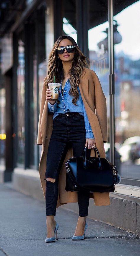 Cute outfits with jeans for spring transition - colored heels and camel coat