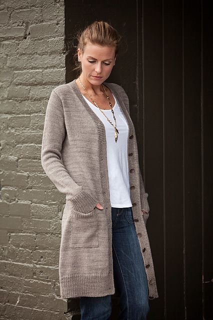 Free Knitting Pattern For Four Row Repeat Long Weekend Cardigan
