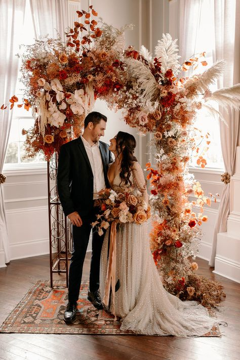 20 rustic bohemian rust wedding color ideas for 2020 20 trending fall wedding reception ideas for 2020 Wedding Bells, Boho Wedding, Floral Wedding, Dream Wedding, Bouquet Wedding, Cake Wedding, Perfect Wedding, Autumn Wedding Decorations, Romantic Wedding Decor