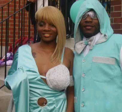 Here are the Top 15 Worst Prom Dresses Ever from around the web. Can you imagine people actually went to prom in these dresses?
