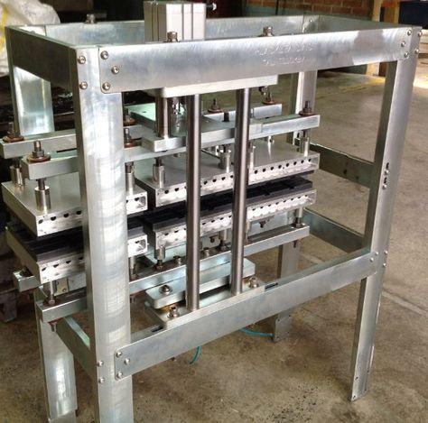 Fabricamos sistemas de calentamiento de pelicula en PVC para formado de burbujas en lineas de empaque.