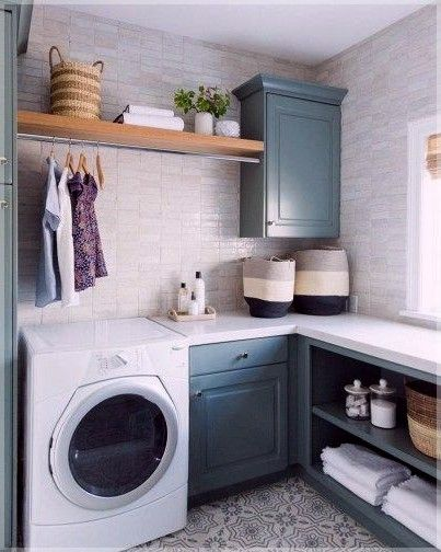82 Remarkable Laundry Room Layout Ideas For The Perfect Home Drop Zones Homelovers Laundry Room Layouts Laundry Room Storage Shelves Laundry Room Storage
