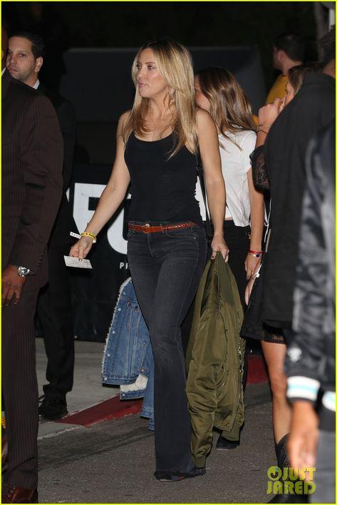 Kate Hudson, Jessica Alba, & More Attend Kanye West's Concert!