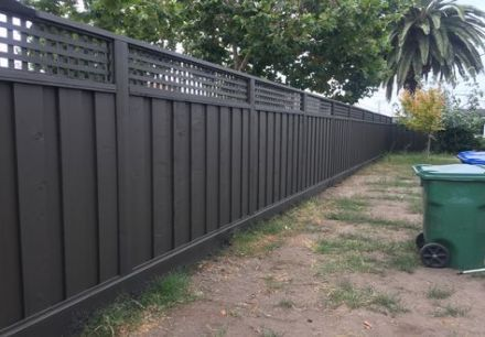 Backyard Fence Painting Color 48 Ideas For 2019 Fence Paint Colours Backyard Fences Fence Paint