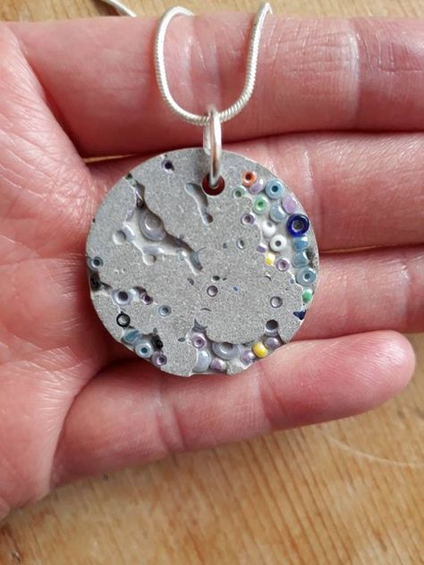 Seed bead and concrete circle necklace-concrete jewellery- bead necklace-birthday gift - Schmuck basteln -