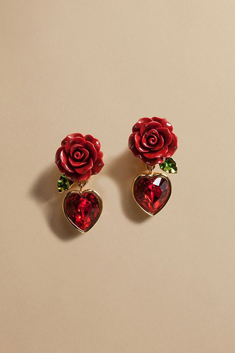 Dolce & Gabbana Online Store, shop on the official store exclusive clothing and accessories for men and women. Ear Jewelry, Cute Jewelry, Jewelry Accessories, Jewelry Design, Cute Earrings, Beautiful Earrings, Heart Earrings, Crystal Earrings, Piercings