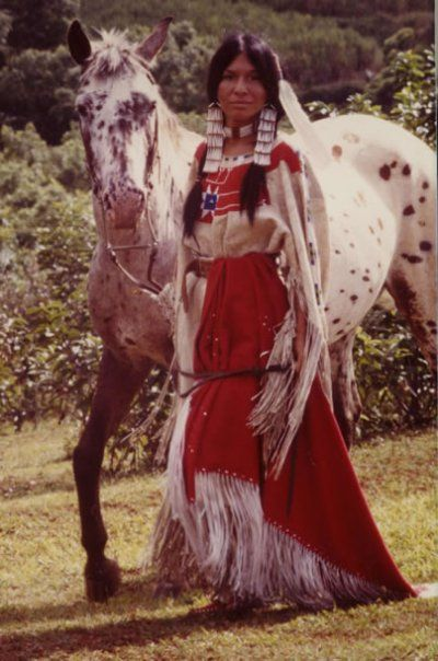 the role of women in native american community