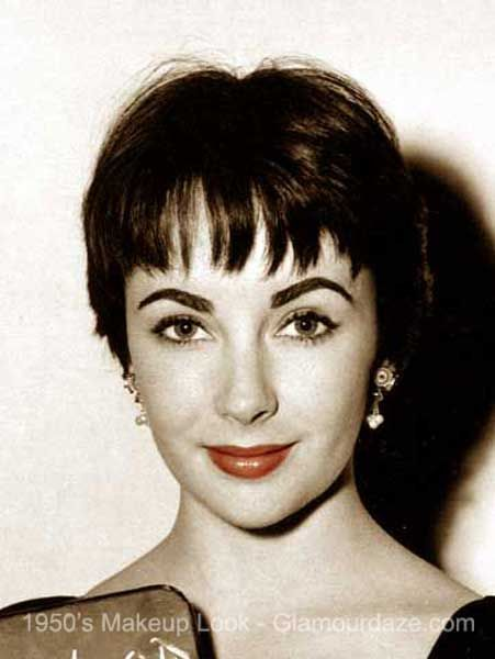 The History Of 1950s Makeup Glamour Daze In 2020 1950s Hairstyles Vintage Hairstyles 1950s Makeup