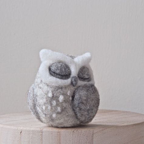 Needle felted OWL SCULPTURE - sleeping owl - grey owl - horned owl - fibre art - needle felted bird - UK
