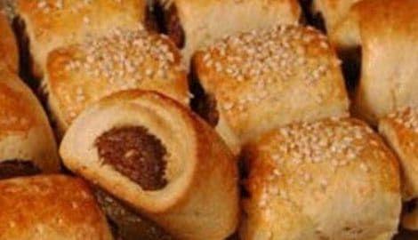اسهل طريقة لعمل قراقيش بالعجوة طعمها لا يقاوم Food Arabic Food Mediterranean Kitchen