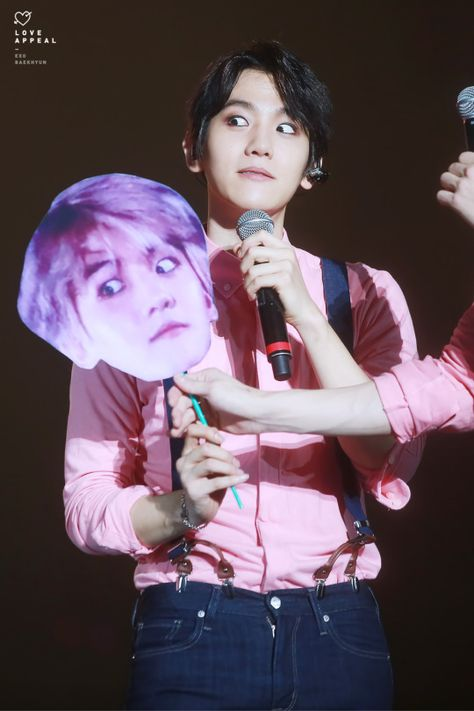If I ever meet Baekhyun this would be the picture I have him sign