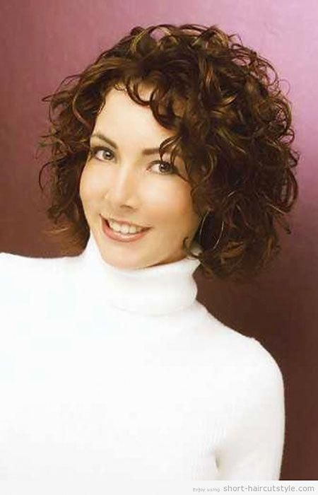 Hairstyles For Curly Frizzy Hair Hairstylesforshortcurlyhair Short Curly Hairstyles For Women Curly Hair Styles Naturally Medium Length Curly Hair