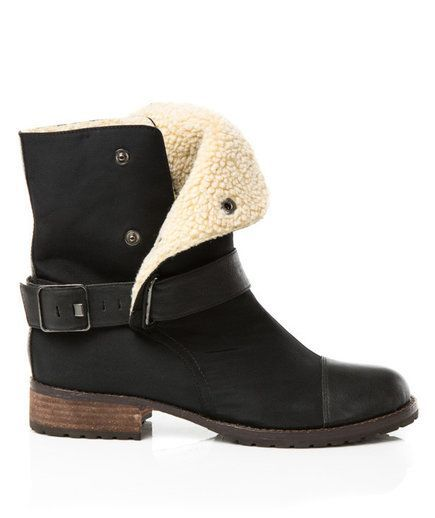 Cute Winter Boots You Can Wear All Day | Winter Fashion