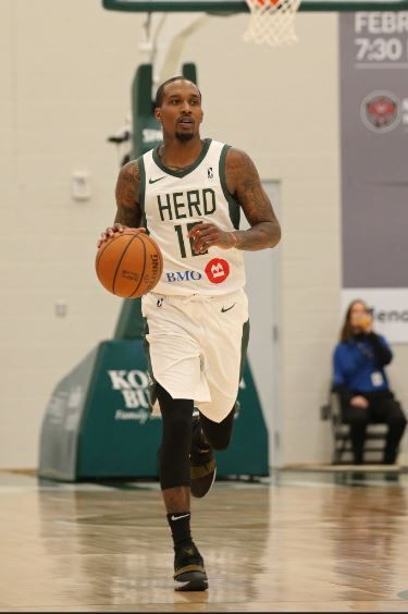 Brandon Jennings Agrees To 10-Day Deal With