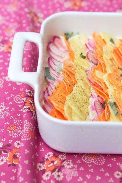GRATEN DAUPHINOIS DE PATATA, BATATA y RABANO ROSA (Sage-Flavored Gratin Dauphinois with Potato, Sweet Potato and Pink Turnips) #RecetasOriginales