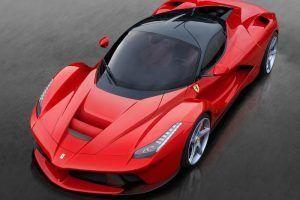 مزايا سيارة فيراري من الداخل والخارج والمزايا الهامة للمحرك Ferrari Laferrari Bugatti Cars Ferrari