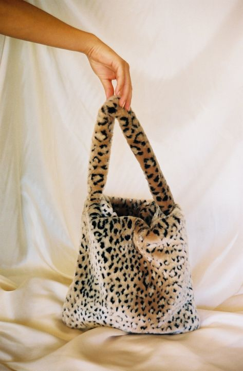 Made with high quality faux fur leopard fabric. Soft, furry, and doesn't shed. Ethically and sustainably handmade in LA. made accessories fabric Faux Fur Leopard Tote Vintage Bags, Vintage Shoes, Vintage Accessories, Fashion Accessories, Vintage Handbags, Tod Bag, My Bags, Purses And Bags, Leopard Tote