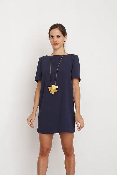 edc6bfc3573ab Les 25 meilleures images du tableau couture robes sur Pinterest ...