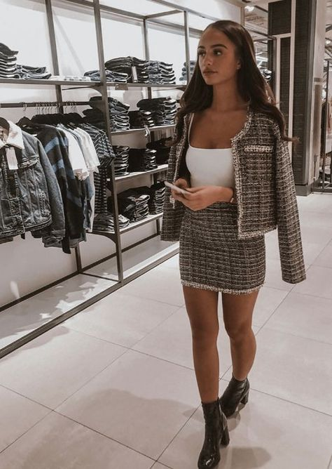 Channel the vibe in our the black tweed blazer and skirt co ord set. Shop the tweed co ord jacket and skirt set outfits online for UK next working day delivery!