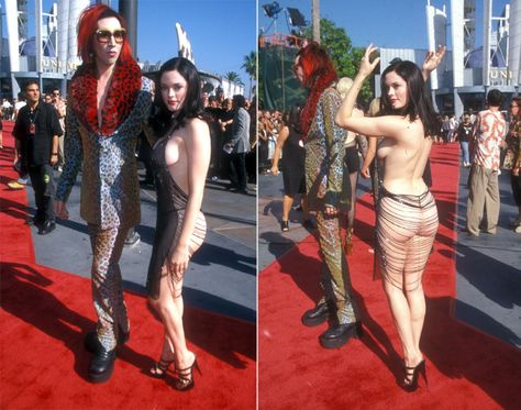 The crowd had to rub their eyes to make sure they were seeing Rose McGowan correctly she arrived to the 1998 MTV Video Music Awards. The