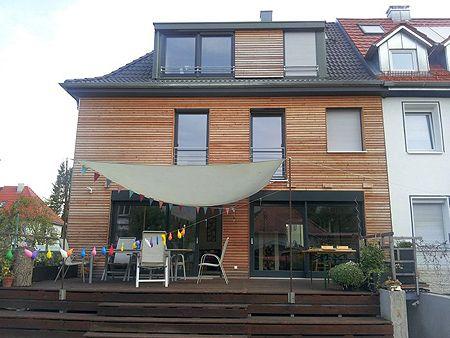 Fassade modernisieren  Fassade an einem Reihenhaus nacher | Ideen rund ums Haus ...