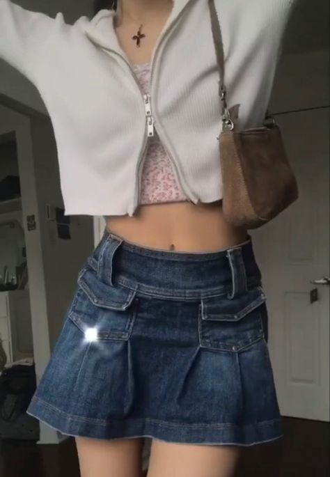 Tumblr Outfits, Indie Outfits, Casual Outfits, Fashion Outfits, Womens Fashion, Fashion Tips, 2000s Fashion, Look Fashion, Winter Fashion