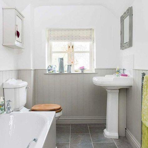 Pin By Franziska Illi On Badezimmer Traditional Bathroom Country Bathroom Country Style Bathrooms