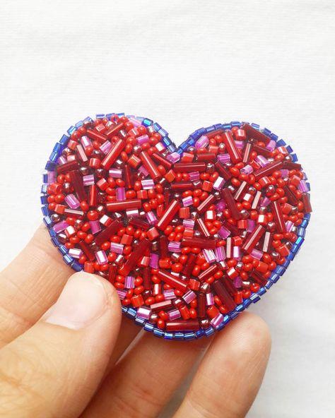 paillettes Heart ❤ #брошьизбисера...