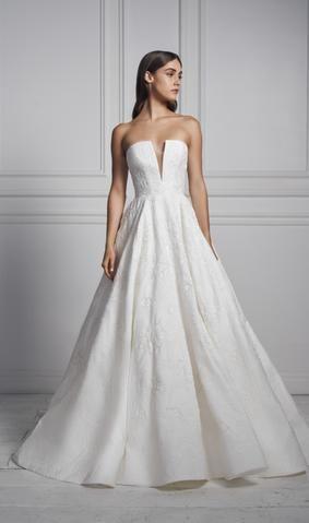 Dream Weaver In 2020 White Bridal Dresses Designer Wedding Gowns Wedding Dress Couture
