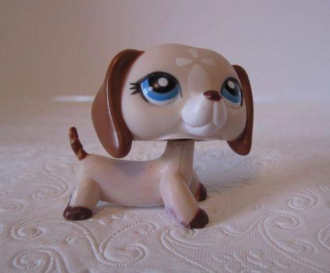 Littlest Pet Shop LPS #1491 Animals Tan Cream White Dachshund Dog Blue Eyes