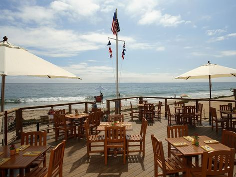 Stunning Views And Great Food @ The Beachcomber In Newport