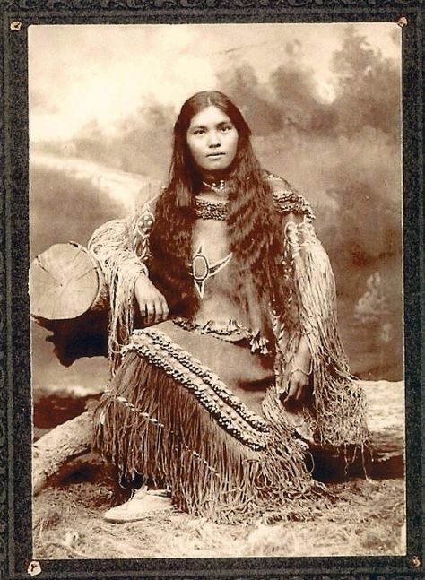 :::::::::::: Antique Photograph :::::::::::::  Native American Chiricahua woman Elsie Vance Chestuen at Fort Sill.