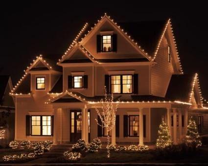 64 Ideas Farmhouse Christmas Lights Outdoor For 2019 Outdoor Christmas Lights Christmas Lights Outside Exterior Christmas Lights