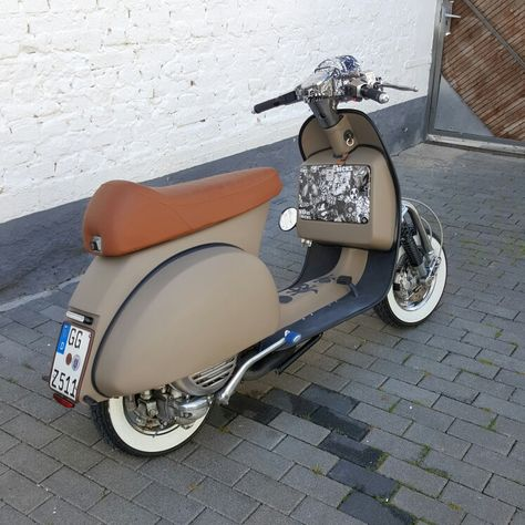 Custom Vespa Px