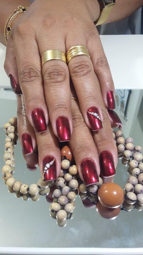 woman #nails #nailsart #nailslove...