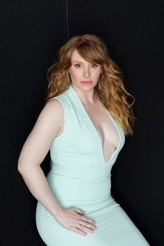 Bryce Dallas Howard (pregnant and lovely)