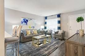 Can You Get An Apartment At 18 In Texas Estates Giants Houston Apartment 1 Bedroom Apartment Bedroom Apartment