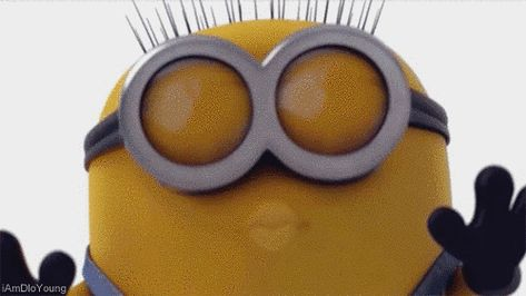 When you reunite with bae after being apart for too long: | 23 Times Minions Perfectly Captured Your Life
