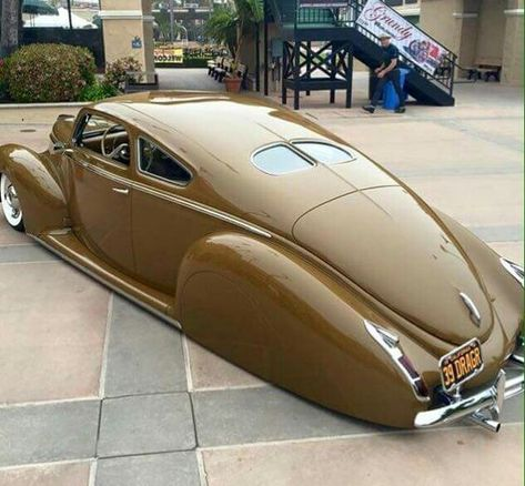 The title pretty much says it, but if it's whitewalls, pinstriping, hot rods, rat rods or pinups... I fucking love that shit! None of these images are mine unless otherwise stated.