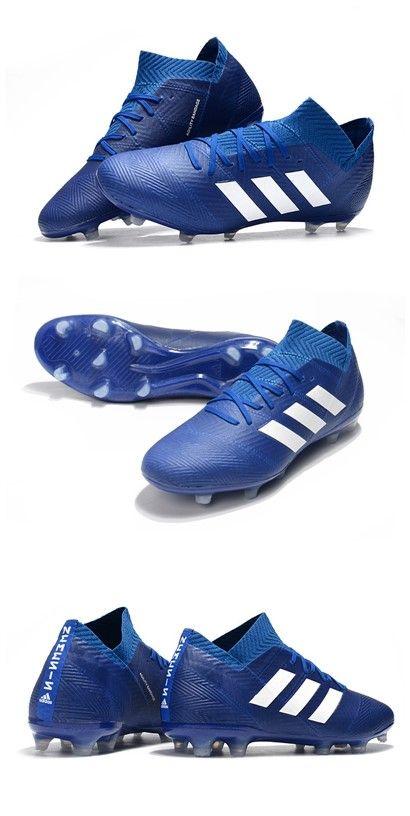 Pin en botas de futbol