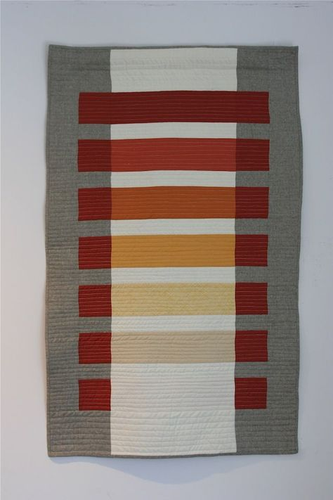 A modern transparency quilt by Callie Works-Leary inspired by the work of color theorist Josef Albers. Josef Albers, Quilting Projects, Quilting Designs, Sewing Projects, Quilt Modernen, Textiles, Contemporary Quilts, Mini Quilts, Fabric Art