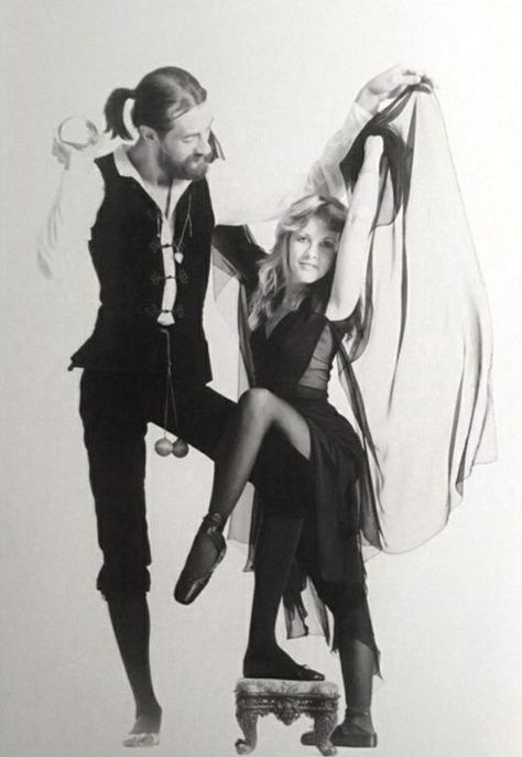 Stevie and Mick Gypsy Moon, 70s Aesthetic, Stevie Nicks Fleetwood Mac, Celebs, Celebrities, Music Is Life, Rock Music, My Idol, Rock And Roll