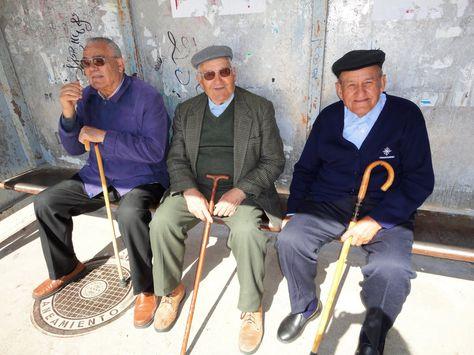 ¿Pueden los países en desarrollo aumentar la cobertura de pensiones para enfrentar el envejecimiento de la población? PorGloria M. Grandolini Directora Senior de la práctica global de Finanzas y Mercados del Grupo Banco Mundial desde el 1 de Julio de 2014. Si bien muchos de nosotros nos esforzamos en retrasar el proceso de envejecimiento, la …