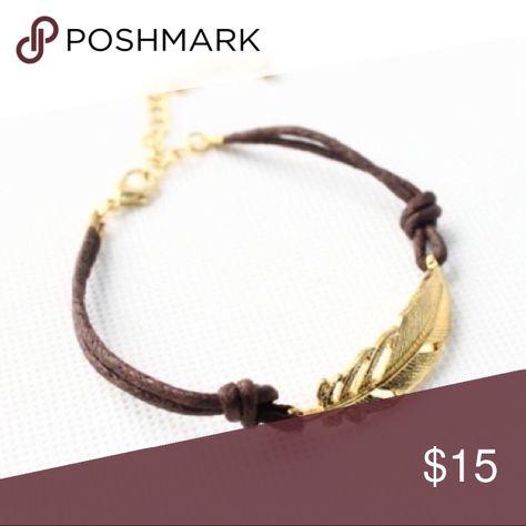 Boho Leaf Bracelet Fun boho style leather bracelet featuring a shining leaf charm. Jewelry Bracelets