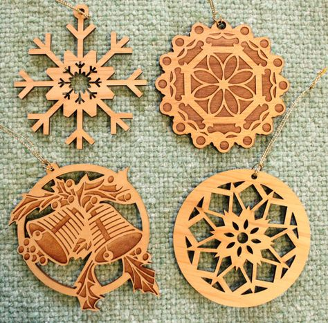 4 Christmas Ball Ornaments - Laser Engraved Birch Wood - LOT