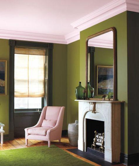 élégante Chambre Avec Mur Couleur Olive Vert Un Fauteuil